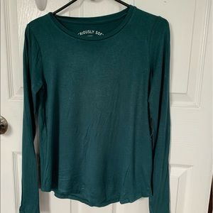Long sleeve teal/blue shirt